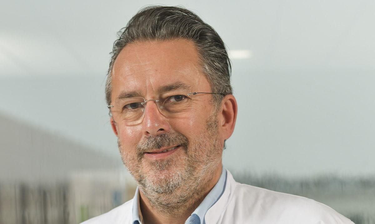 Docteur Stéphane Guillo, chirurgien chirurgien Orthopédiste et traumatologie, expert en chirurgie du pied et de la cheville